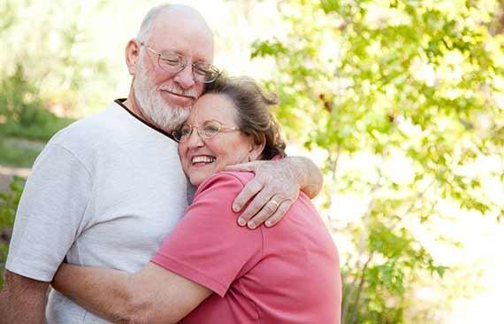 Omsorg og humor er det vigtigste i parforholdet