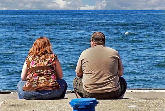 Overweight Couple 11501322 M